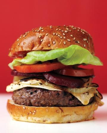 med105744_0710_ausie_burger_vert